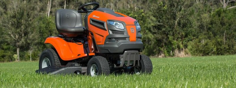 5 Best Riding Lawn Mowers for Hills – [2020 Reviews]
